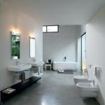 Viens chez moi, j'habite dans les toilettes!