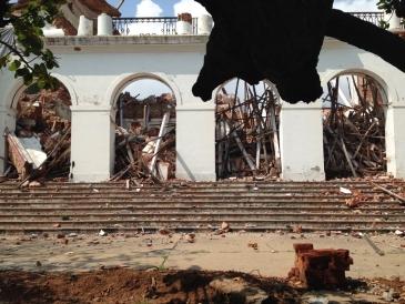 L'effondrement de la vieille mairie a réveillé les consciences.