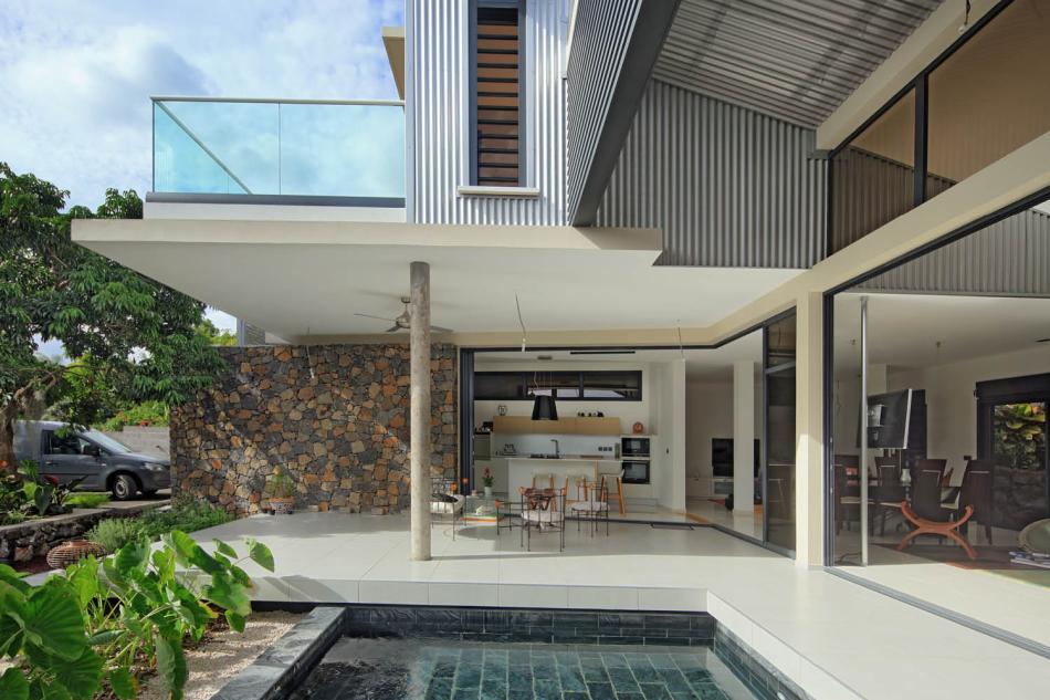 maison s2 architectures la r union. Black Bedroom Furniture Sets. Home Design Ideas