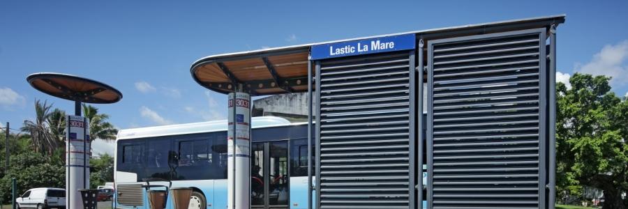 F1 - 600 - Abri bus Citalis - Saint-Denis - Antoine PERRAU  @ H. Douris 1063